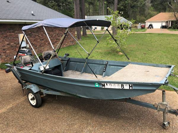 14ft aluminum boat 25hp outboard John boat - $1550 (Madison, MS
