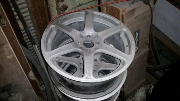 Photo 18quot GT Wheels 4 Lug Honda 4x100 - $80 (Raymond)