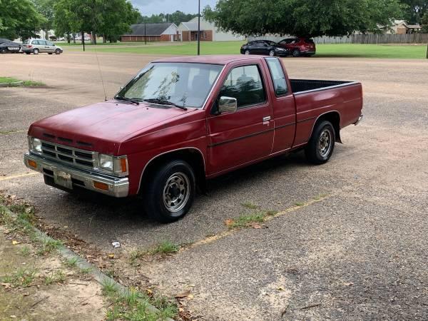 Photo 1991 Nissan Hardbody Pickup with 109,000 miles. - $4,200