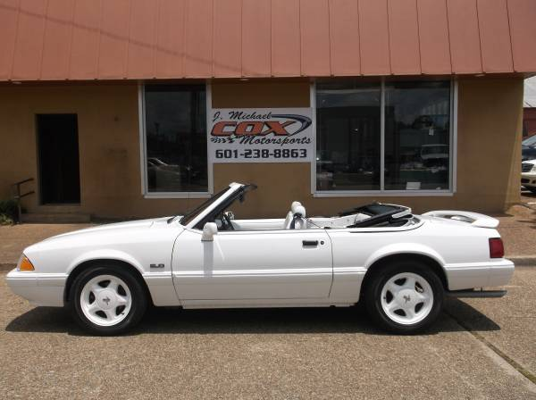 Photo 1993 Ford Mustang LX Convertible (White on White on White) - $15,000 (Terry)