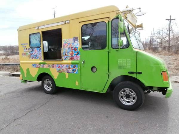 Photo 2001 CHEVY quotREALquot ICE CREAM  SNOW CONE TRUCK W HUGE NELSON COLD PLATE - $23,500 (Jackson, MS.)