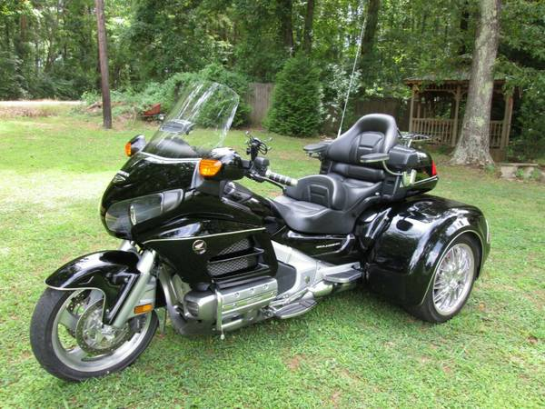 Photo HONDA GOLDWING GL 1800 W CSC VIPER TRIKE KIT CONVERSION - $23900 (ROME,GA)