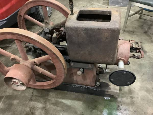 Photo Hit and Miss Engines - $1000 (Forest)