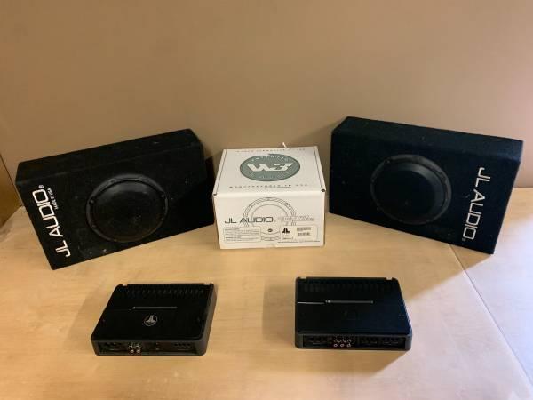 Photo JL Audio 10W3, 8w3 5001, 4004 Subs, Amps - $1,234 (Raymond)