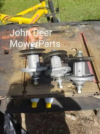 Photo John deer mower parts - $50 (Braxton Ms)