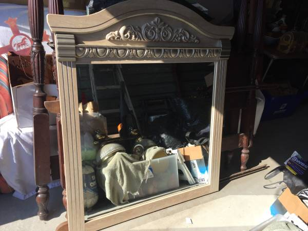Photo Mirrors- Light blonde colored dark vintage, over the door (3) - $10 (Flowood, MS)