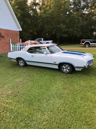 Photo Oldsmobile cutlass 442 clone - $25,000 (Jackson, MS)