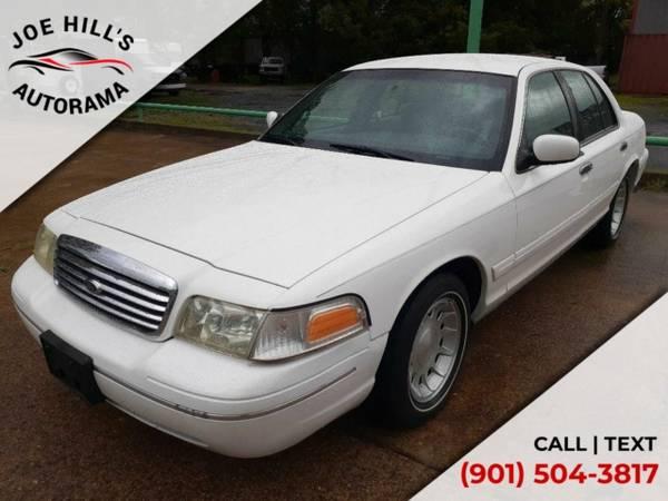 Photo 1998 Ford Crown Victoria LX - $7,865 (_Ford_ _Crown Victoria_ _Sedan_)