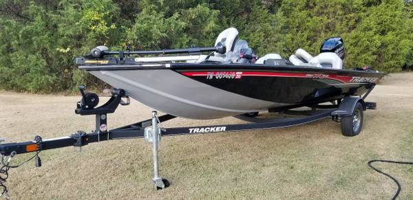 Photo 2018 tracker 175txw anniversary edition bass boat - $15000 (Huntingdon)