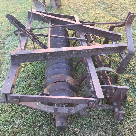 Photo Cultipacker with Cultivator scratchers - $1275 (Humboldt, TN)