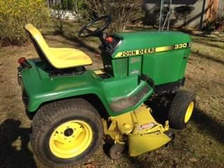 Photo John Deere 330 Lawn Tractor - $3,750 (Spring Creek)