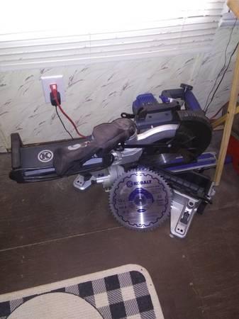 Photo Kobalt 10 in miter saw - $225 (Sardis Tn)