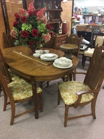 Photo New and Used Furniture with Financing - $1 (Lexington, TN)