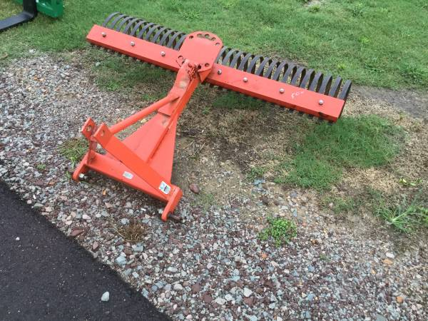 Photo Root rake.or leave rake For subcompact tractor Obo - $550 (Savannah,tn)