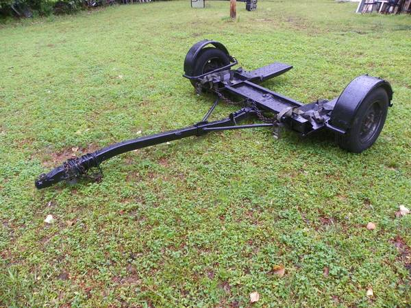 Photo TOW DOLLY - $500 (Batesville, MS 38606)
