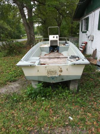 Photo 15 Center Console Project Boat - $350 (Westside)