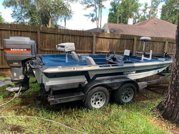 Photo 18.5 venture 150 hp mariner fresh water only bass bay boat - $6,500