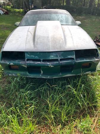 Photo 1984 Chevrolet Camaro - $995 (Satsuma Fl)