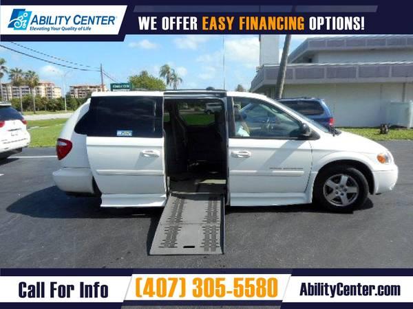 Photo 2007 Dodge Grand Caravan Wheelchair Van Handicap Van - $18,900 (4401 Edgewater Drive, Orlando, FL 32804)