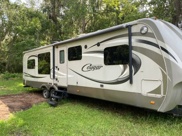 Photo 2014 Keystone High Country Cougar HC321RES14 - $15900 (Fleming Island)