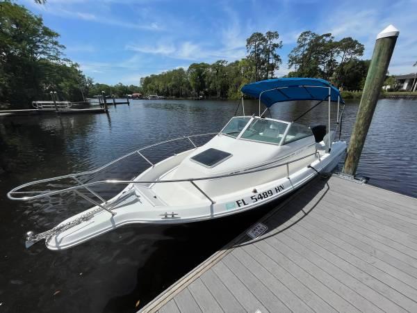 Photo 21 foot boat 225 hp 1994 SeaRay Leguna with trailer - $14,000 (Jacksonville)