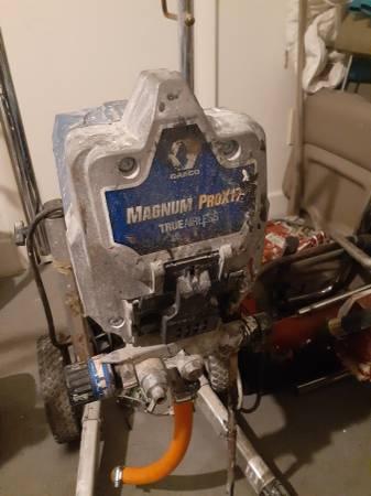 Photo 2 magnum pro x 17 graco airless paint sprayers - $275 (Jacksonville)