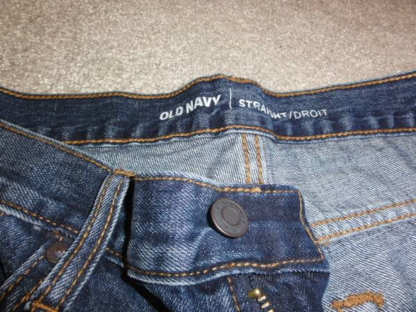 Photo 30 x 34 Old Navy Jeans  29 x 34 Levi jeans - $6 (Callahan)