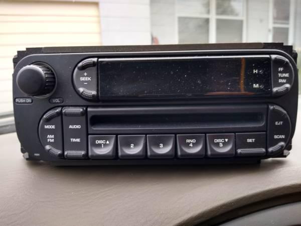 Photo 5 CD radio from 06 Chrysler - $20 (N. Jax)