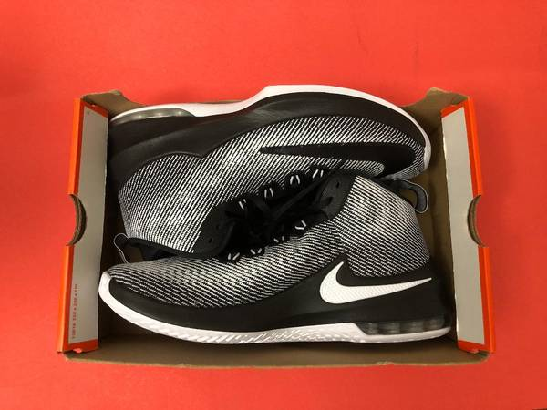 Photo BNEW Nike, Adidas, Under Armour Basketball  Running shoes (size 8, 9, 9.5  10 - $50 (SSJTB)
