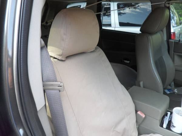 Photo Custom Fit Seat Covers For Jeep Grand Cherokee 2005 to 2010 - $100 (Fleming IslandOrange Park)