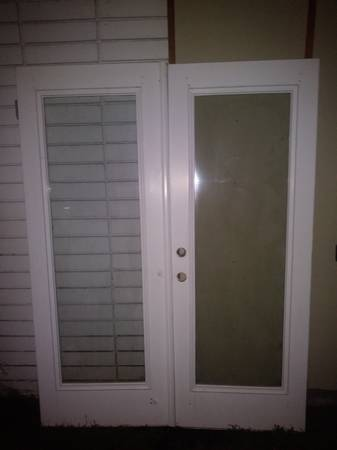 Photo EXTERIOR FRENCH DOOR SET METAL DOUBLE PANE GLASS 30 X 79 12 - $175 (Southside)