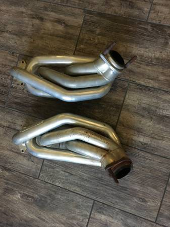 Photo Ford Mustang parts 05 - 09 - $1 (jacksonville)