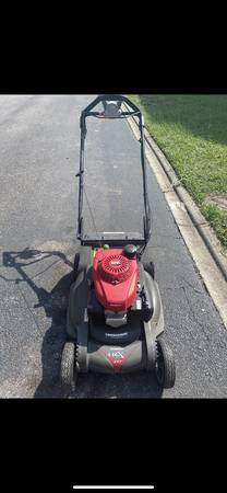 Photo Honda Commercial push mower - $350 (Jacksonville Beach)
