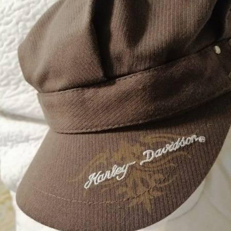 Photo LIKE NEW-UNIQUE VINTAGE HARLEY DAVIDSON STUDDED DRESS CAP - WOMAN39S - $20 (aRLINGTON)
