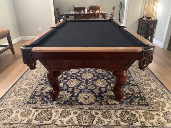 Photo Like New Proline 8 Foot Pool Table - $2000 (Longwood)