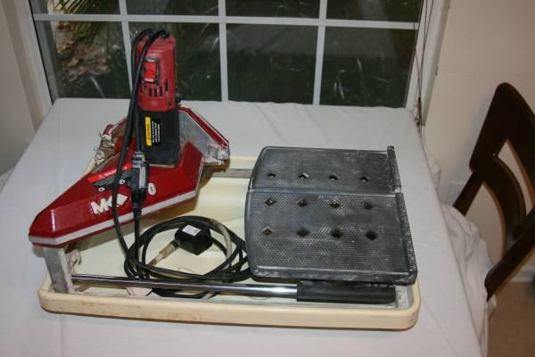 Photo MK 470 Wet Tile Saw - $200 (Middleburg)