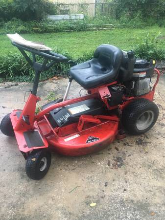 Photo Snapper riding mower - $550 (Southside)