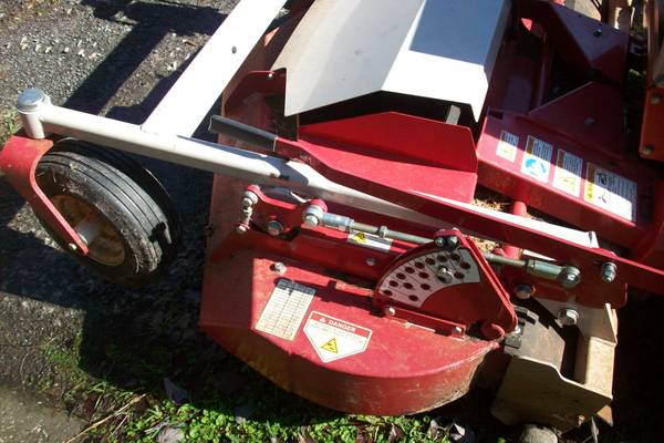 Photo Ventrac, Steiner 539 mower deck - $2000 (Jacksonville)