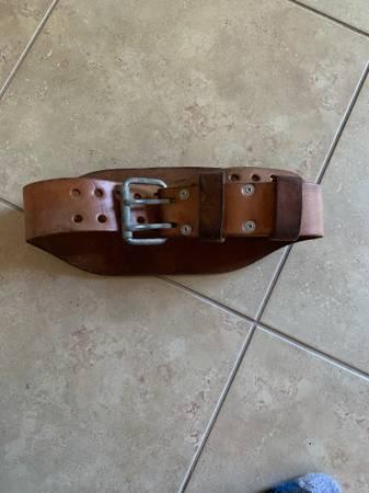 Photo Weider Pro performance weightlifting belt - $17 (Hodges Blvd)
