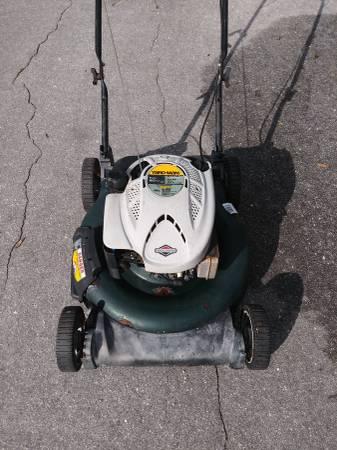 Photo Yard-Man 21-inch mulching PUSH mower - $60 (Orange park)