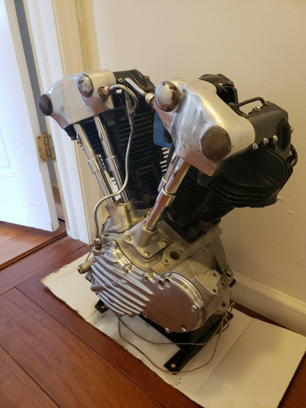 Photo 1946 Harley Davidson Knucklehead Engine