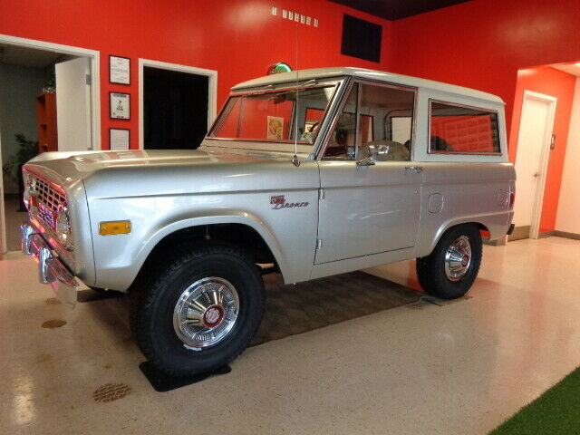 Photo 1977 Ford Bronco Sport