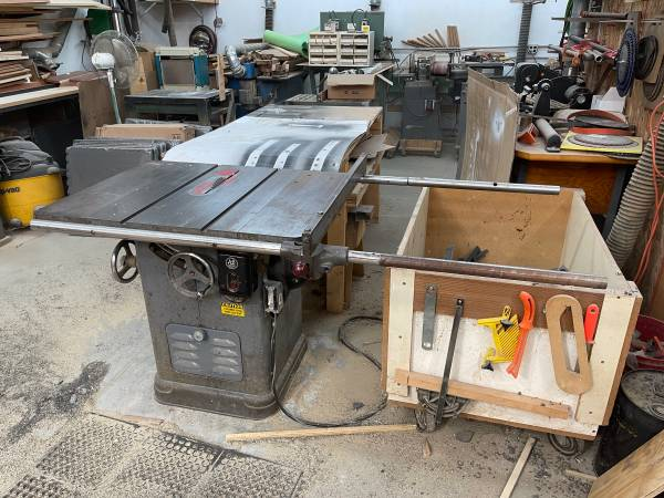 Photo 10quot table saw Rockwell  Delta Uni-saw, 3 Hp 3 phase - $1,800 (Janesville)
