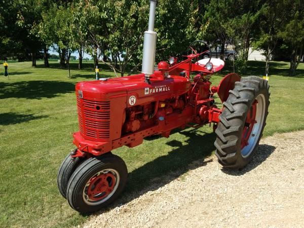 Photo 1954 Farmall Super H - $4,000 (Monroe, WI)