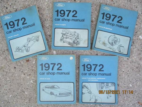 Photo 1972 Ford Cars Service Manuals - $55 (Fort Atkinson)