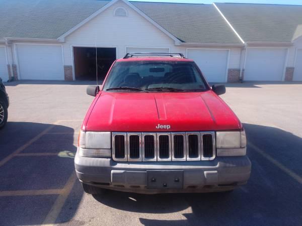 Photo 1997 Jeep Grand Cherokee - $1850 (Janesville)
