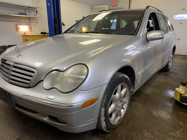 Photo 2003 Mercedes Benz C320 Wagon - $2,500 (Edgerton)