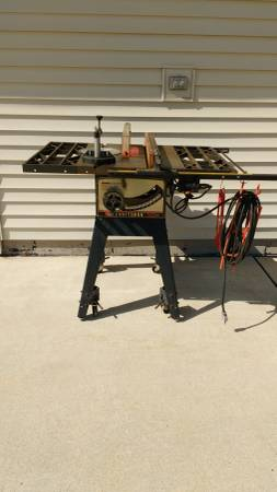 Photo Craftsman Table Saw - $140 (Fort Atkinson)