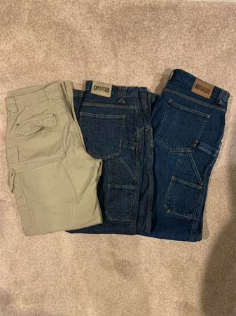Photo Duluth Trading Company carpenter jeans and Flex-Firehose pants 34x34 - $45 (Janesville)