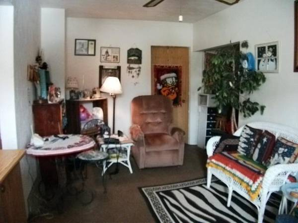 Photo For rent, but rent to own or land contract 5 bedroom 2 bathroom house (edgerton, wisconsin)